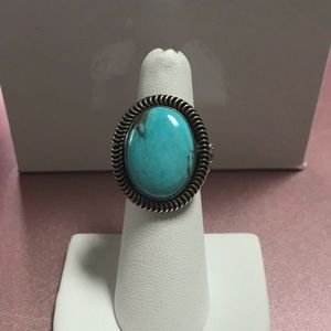 Running Bear Shop Oval Turquoise Sterling Ring